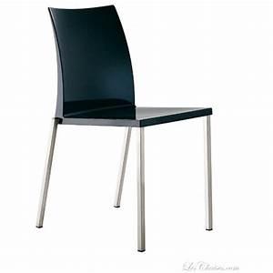 Chaise Noire Design : chaise plastique design kuadra par pedrali et chaises design pedrali ~ Teatrodelosmanantiales.com Idées de Décoration
