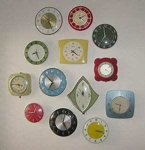 Leere Bilderrahmen Dekorieren : die besten 25 clock display ideen auf pinterest wand aus uhren uhren und vintage uhren ~ Markanthonyermac.com Haus und Dekorationen