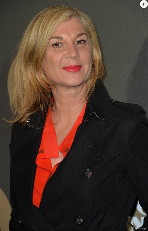 Find the latest news, pictures, and opinions about michele laroque. Michele Laroque - Soirée des 30 ans de Canal + au Palais de Tokyo à Paris le 4 novembre 2014 ...