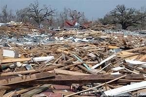 A History of.: Hurricane Katrina- Comparing the damage.