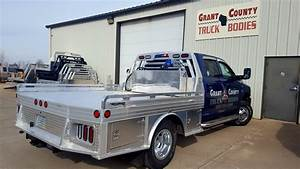 Two Fold Brochure 4000 Series Aluminum Truck Bed Hillsboro Trailers And