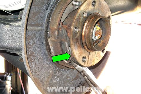 Bmw E46 Parking Brake Shoes Replacement  Bmw 325i (2001
