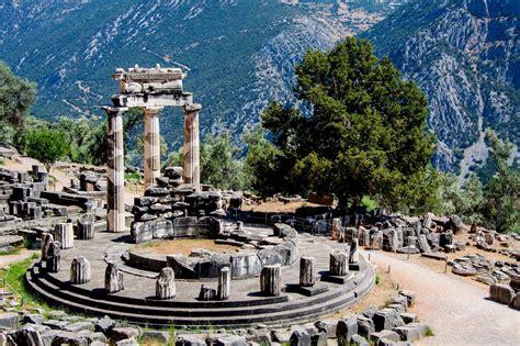 Delfi, Grecia: informazioni per visitare la città - Lonely ...