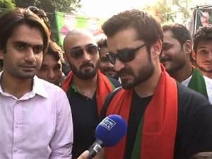 Award-winning Hamza Ali Abbasi in NA-122 to back PTI