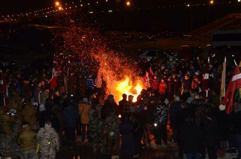 Jēkabpils jaunieši piedalās barikāžu atceres pasākumā Zaķusalā