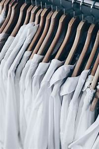 Marie Kondo Tipps : kleiderschrank ausmisten tipps tricks ~ Orissabook.com Haus und Dekorationen