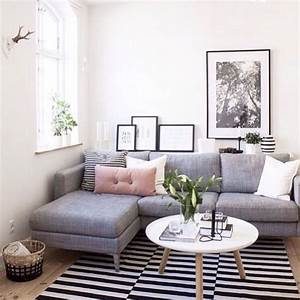 40 elegant small living room decor ideas homstuffcom for Living room ideas decorating pictures