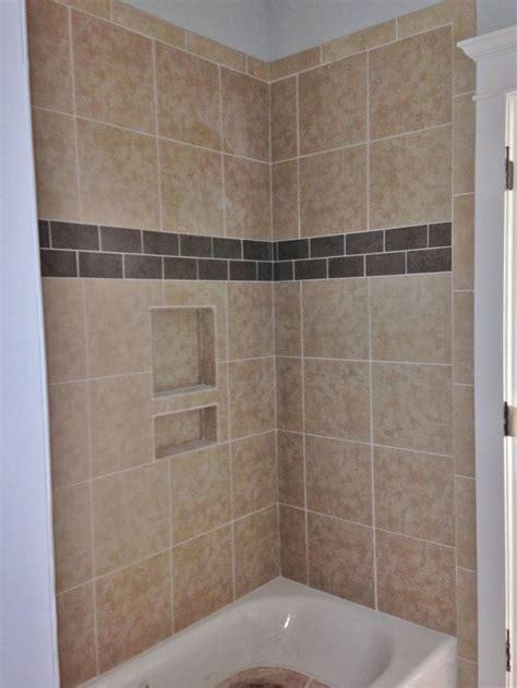 porcelain tile  tub walls  porcelain accent