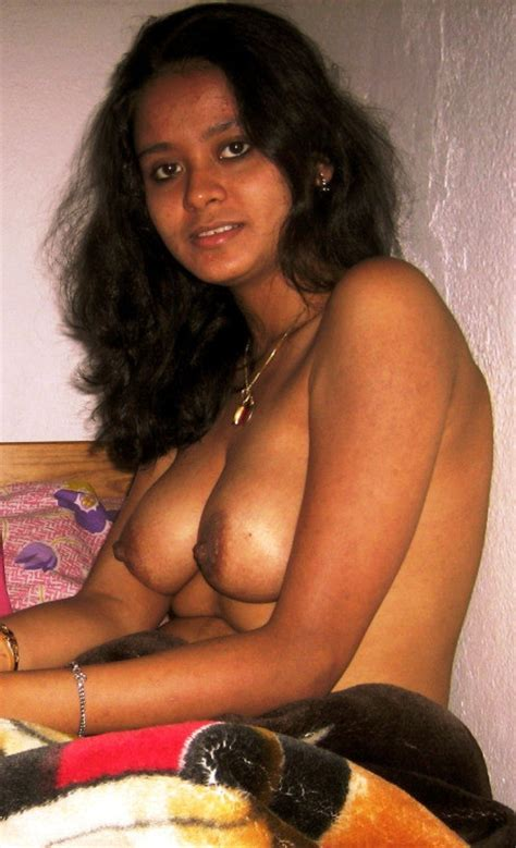 Moti Chuchi Wali Bihari Bhabhi Bhojpuri Desi Bhabhi Huge Boobs In Bra