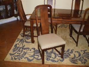 i purchased a lenoir broyhill dining room set at a thrift store 30 years ago chairs l