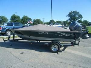 2001 Lund Mr  Pike Side Console 2001 Lund Mr  Pike Side Steering With 115 Yamaha 4 For Sale