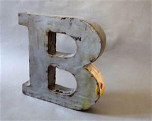 Deko Buchstaben Metall : m wie metallbuchstaben kartique shop f r vintage leuchtbuchstaben ~ Orissabook.com Haus und Dekorationen