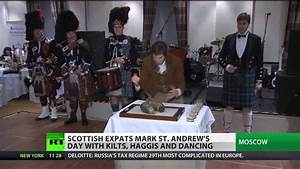 Scottish expats celebrate St. Andrews day in Moscow - YouTube