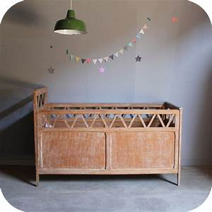 Lit Bebe Ancien : lit b b ancien atelier du petit parc ~ Teatrodelosmanantiales.com Idées de Décoration