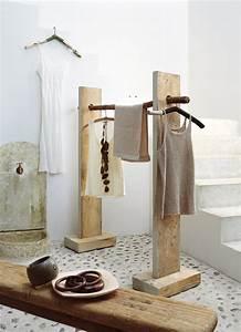 Portant Vetement En Bois : un portant en bois de r cup marie claire ~ Teatrodelosmanantiales.com Idées de Décoration