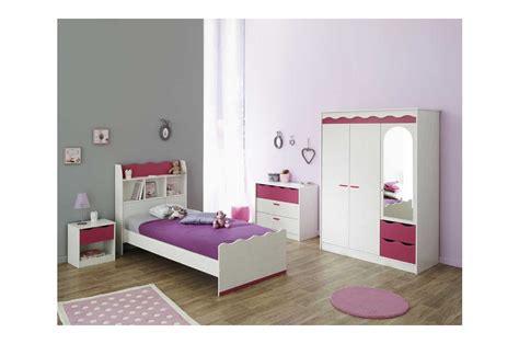 chambre de bébé conforama chambre à coucher enfant complète pin lasuré blanc et