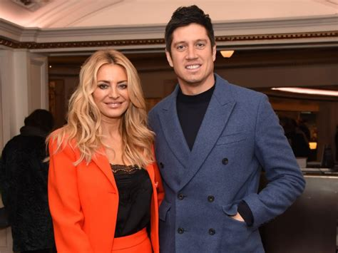 Tess Daly shares rare family photo at Vernon Kay joins I'm ...