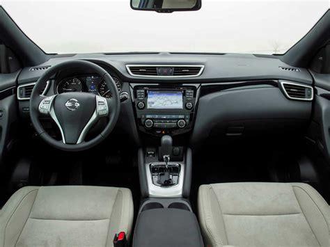 seat ateca interior seat ateca vs nissan qashqai cuál elegir cosas de coches