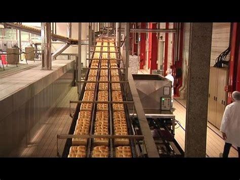 dans les coulisses de la plus grande boulangerie industrielle de