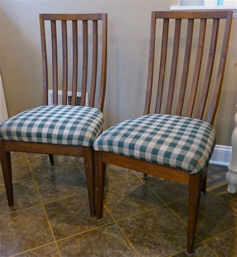 kitchen chair makeover so anyways i started by removing the seat cushion and 3344