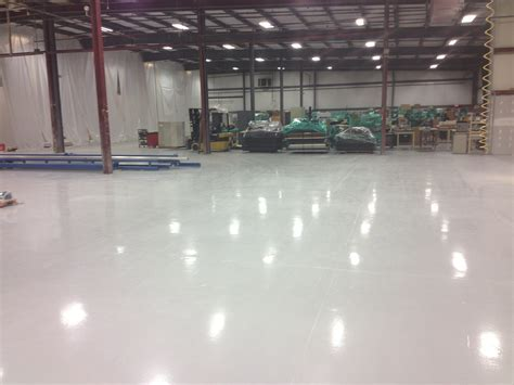 Epoxy Floor Coating for Commercial Warehouses   CNY