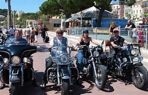 Touring Club Du Var : bandol salon de l 39 auto parade autour du port pour des harley davidson ~ Medecine-chirurgie-esthetiques.com Avis de Voitures