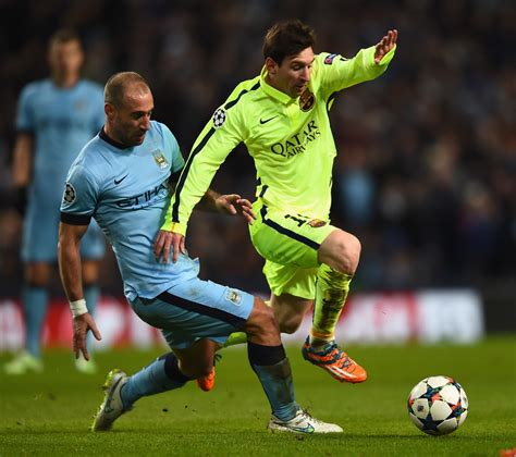 The best of the action from the Champions League game between Manchester City and FC Barcelona - FC Barcelona 1 (1 minute)