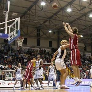 Jump shot (basketball) - Wikipedia