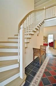 Betontreppe Mit Holz : betontreppe holz 17 2 handlauf pinterest ~ Lizthompson.info Haus und Dekorationen