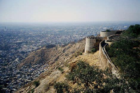 fiabe persiane alla scoperta di jaipur la capitale nata da un padre