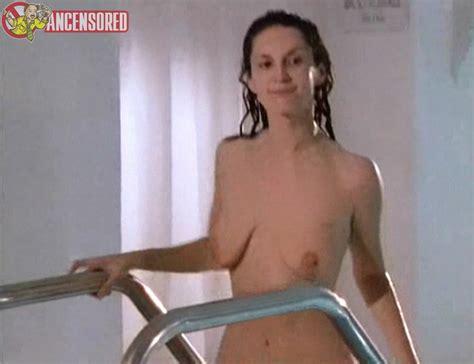 Cécile Fleury  nackt