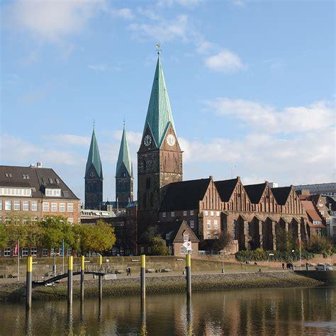 Fenster Und Tuerenmultimediahaus Bremen by St Martini Bremen