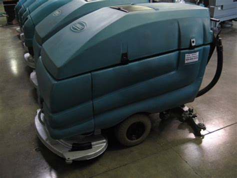 Tennant Floor Scrubber 5680 by Tennant 5680 Floor Scrubber Reconditioned Tennant 5680