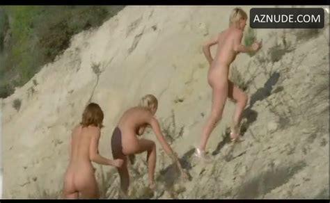 France Lomay Breasts Butt Scene In Gefangene Frauen Aznude