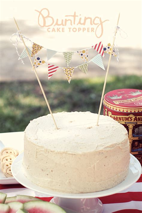 diy cake bunting topper in the know mom