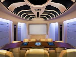 10 Unique Home Theater Themes