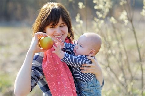 Best Foods For Breastfeeding Moms Babyco Babyco