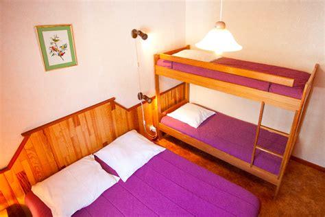 chambre 4 personnes chambre 4 personnes orange design de maison