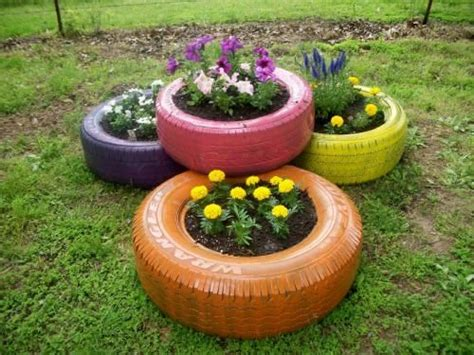 17 Best Ideas About Old Tire Planters On Pinterest