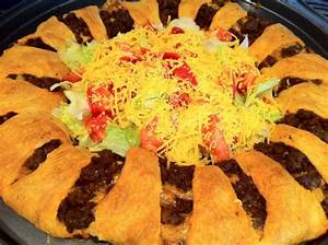 Taco Ring Crescent rolls, Cheddar and Pillsbury