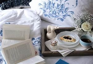 Zeit Fürs Bett : zeit f r entspannung fr hst ck im bett der blaue distelfink ~ Eleganceandgraceweddings.com Haus und Dekorationen