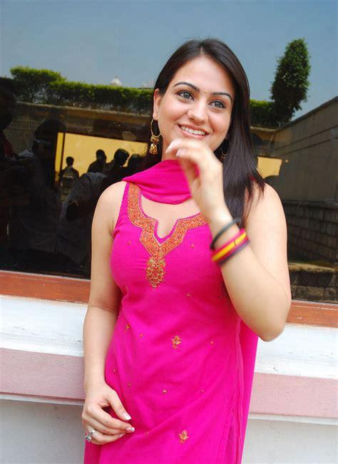 sexy girl bikini  tamil actress aksha latest stills