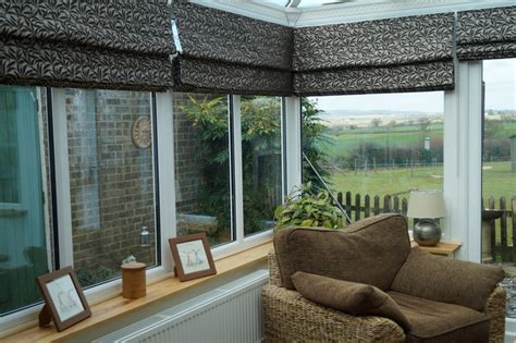roman blinds  bay windows web blinds