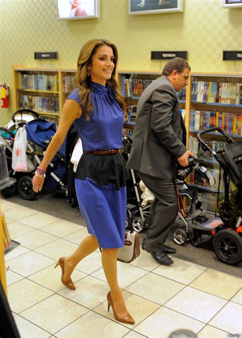 30 Outfit Ideas From The Most Stylish Royals | Aelida