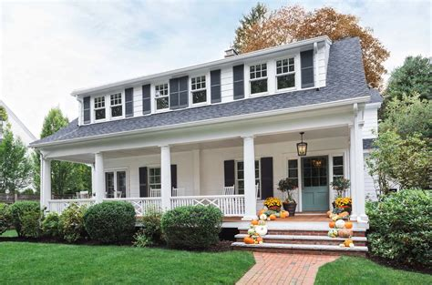 Colonial Home : Beautifully Renovated Dutch Colonial Style Home Nestled In