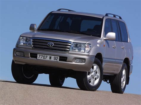 Toyota Land Cruiser 100 Series by 1998 Toyota Land Cruiser 100 Series Pictures Photos