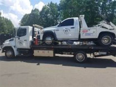 Towing And Hauling by Big Towing And Hauling