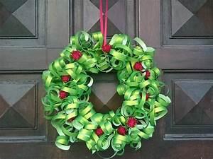 Faire Une Couronne De Noel : bricolage no l fabriquer une couronne de no l ~ Preciouscoupons.com Idées de Décoration