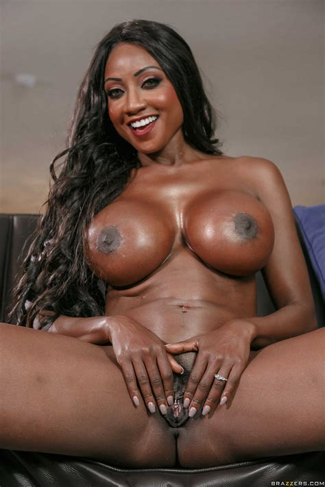 Busty Black Woman Is Fucking Sexy Girls Photos Diamond Jackson Crystal Ray Milf Fox