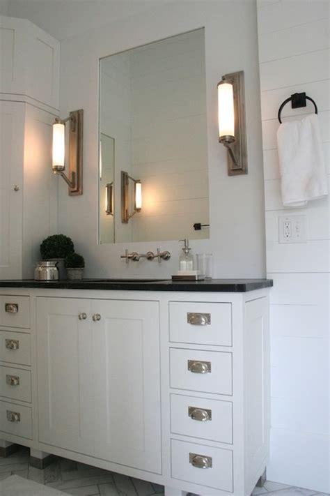 vanity built  corner design ideas
